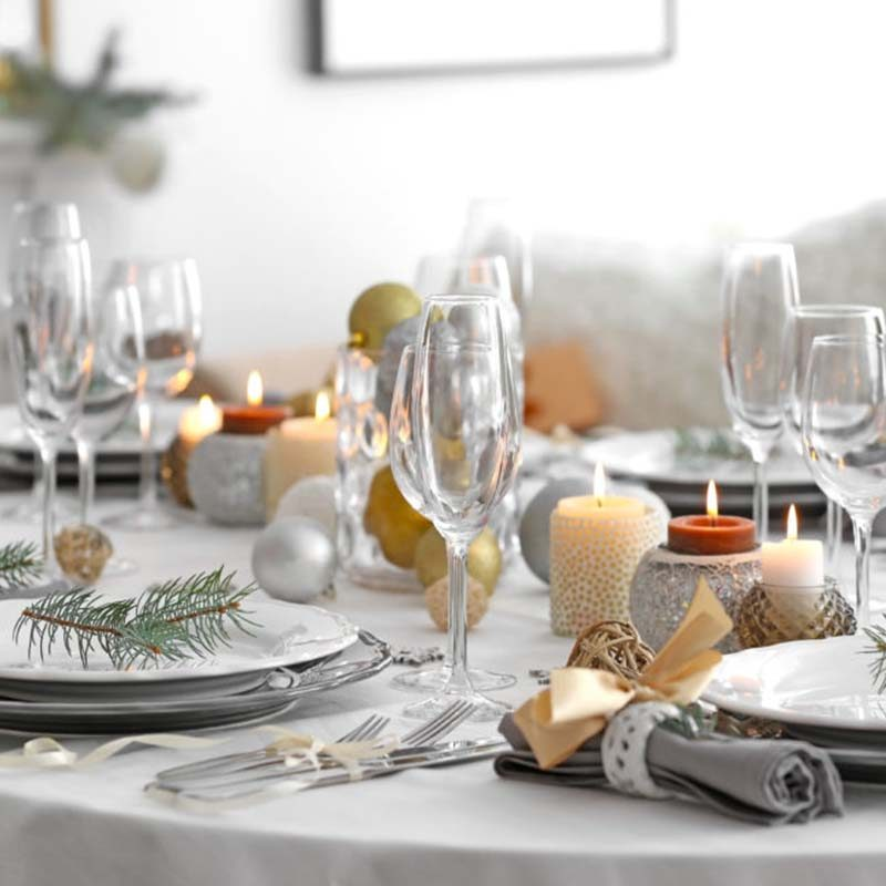 Don't Talk About Money at the Christmas Table s