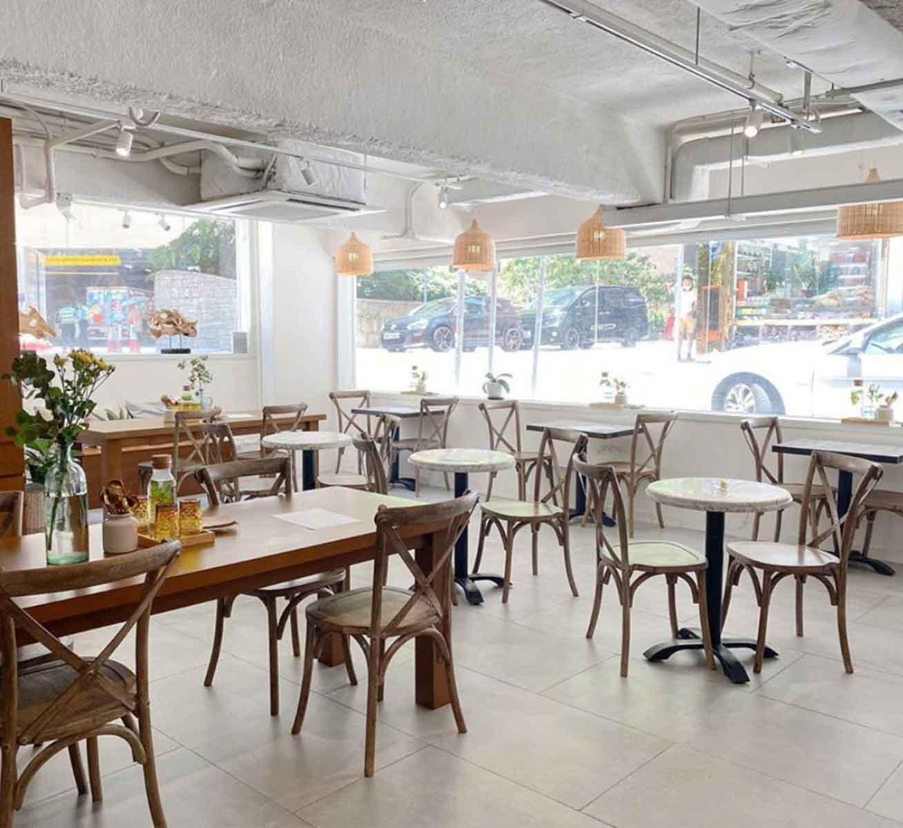 14suthlane Bakery Café
