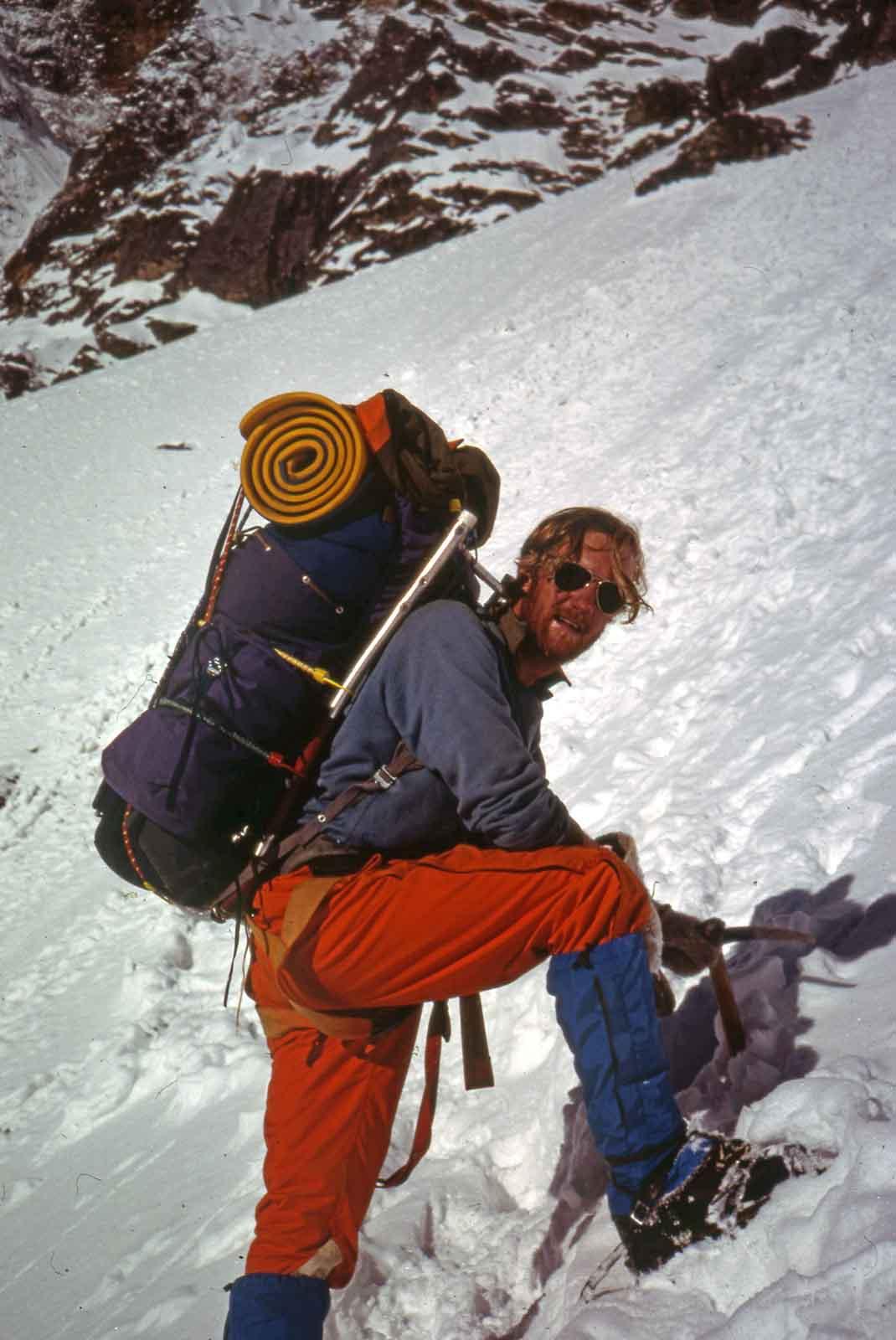 CHA Patagonia 72-73 - Sledging copy