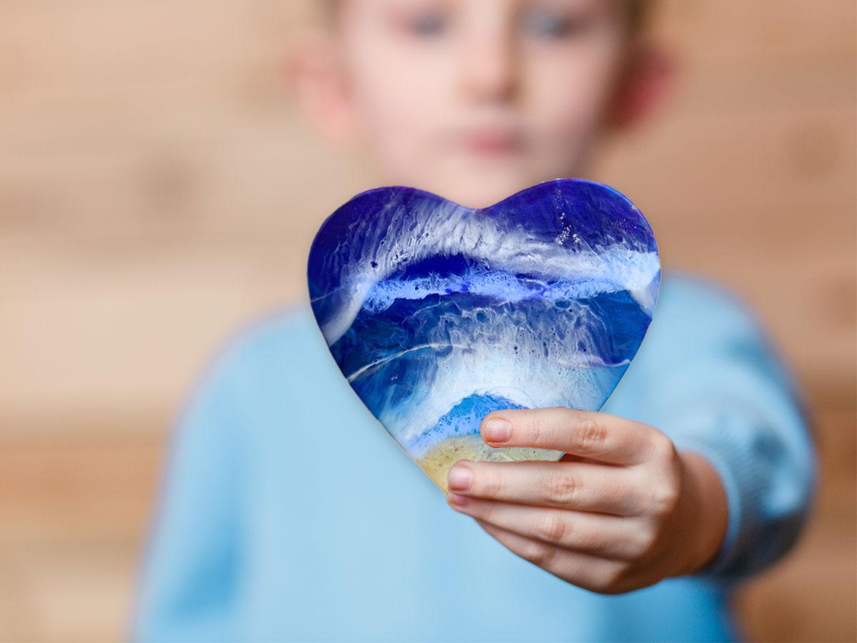 Share The Love - magdalena klim heart series charity
